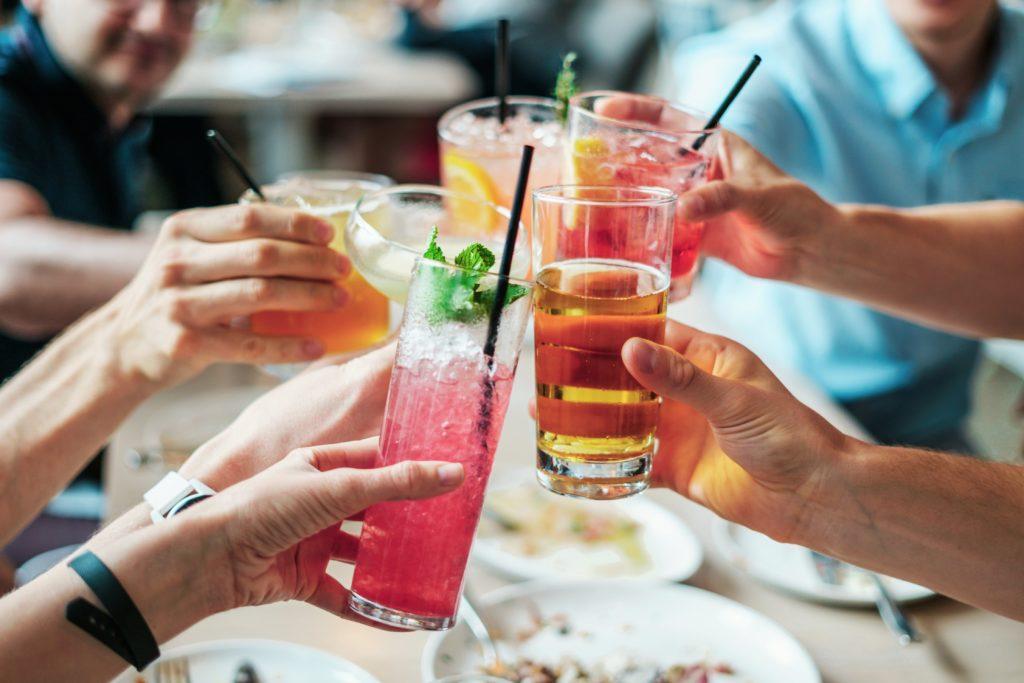 乾杯のイメージ画像